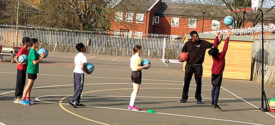 Basketball lessons from Essex Leopards players